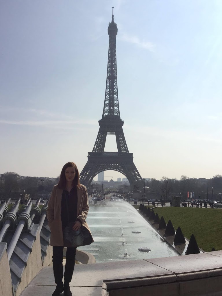 TRAVEL TIPS AWKWARD SITUATIONS PARIS
