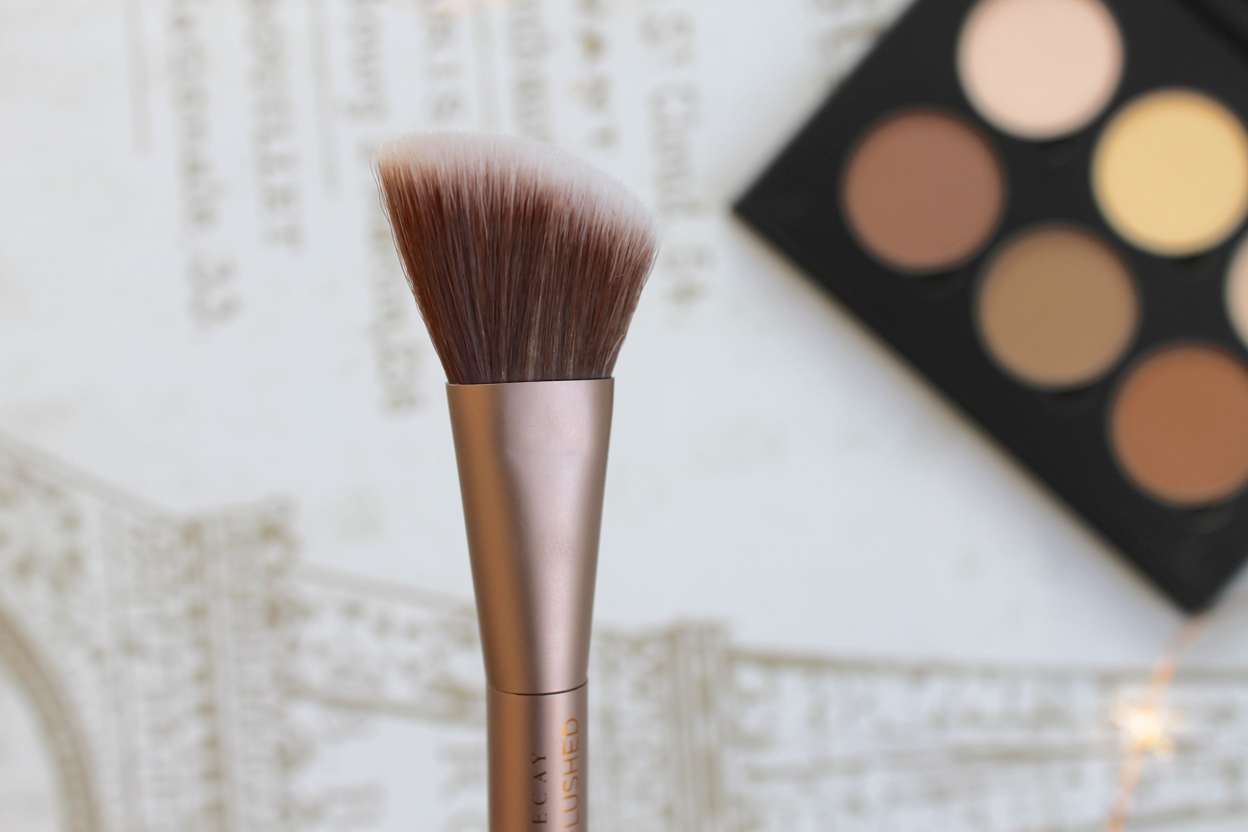 urban decay naked makeup brush