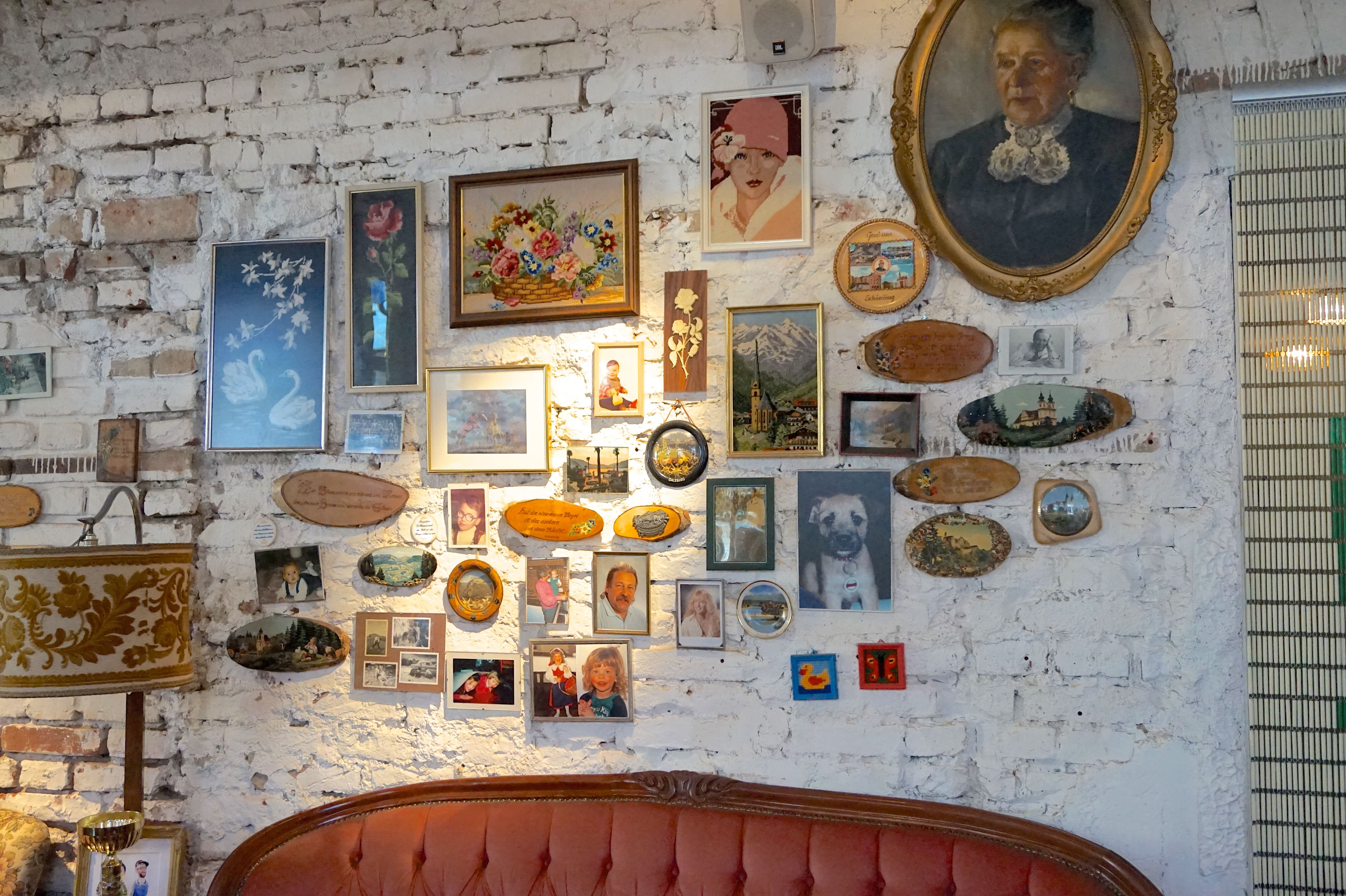 vollpension-cute-vienna-cafe