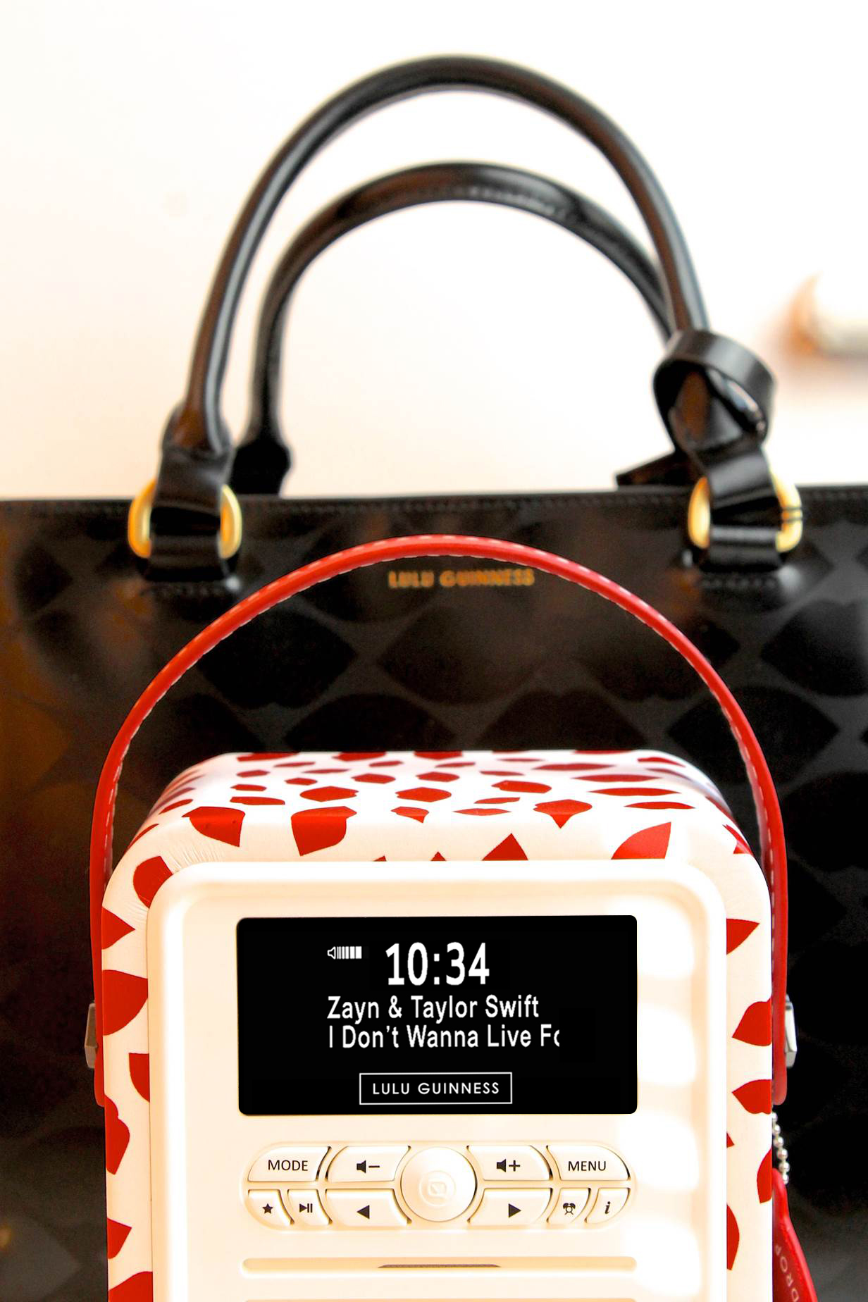 LULU GUINNESS PRINT RETRO MINI RADIO BECBOOP